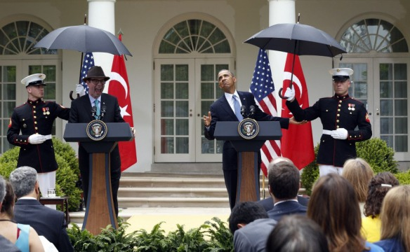 ned-obama-umbrella